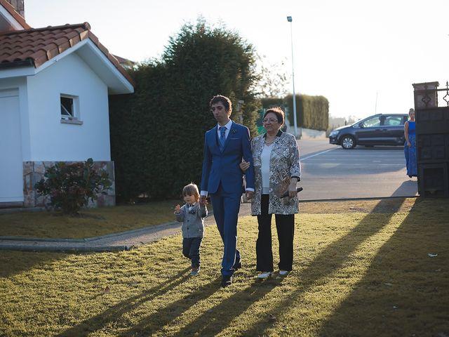 La boda de Borja y Hiedra en Oviedo, Asturias 17