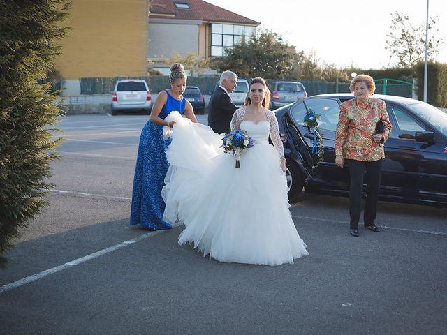 La boda de Borja y Hiedra en Oviedo, Asturias 20