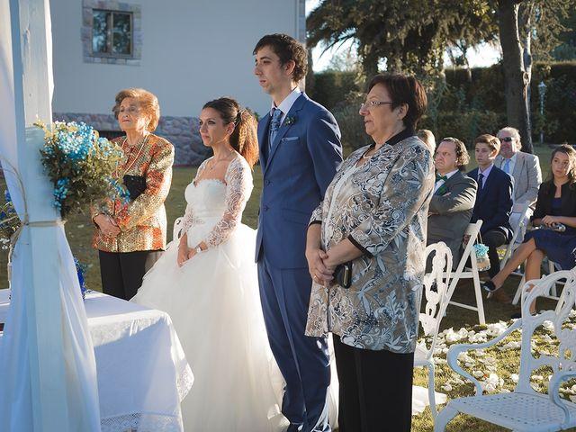 La boda de Borja y Hiedra en Oviedo, Asturias 30