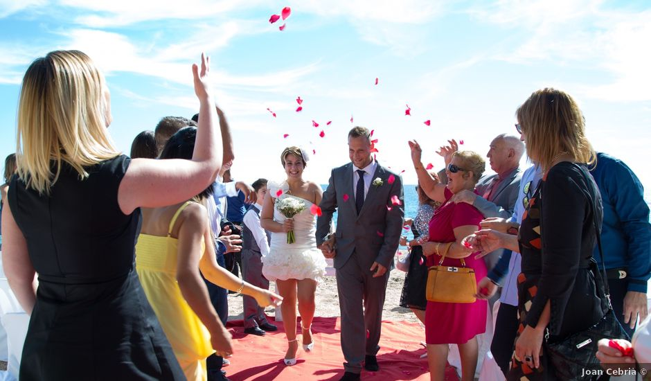 La boda de Cristian y Judith en Platja D'aro, Girona