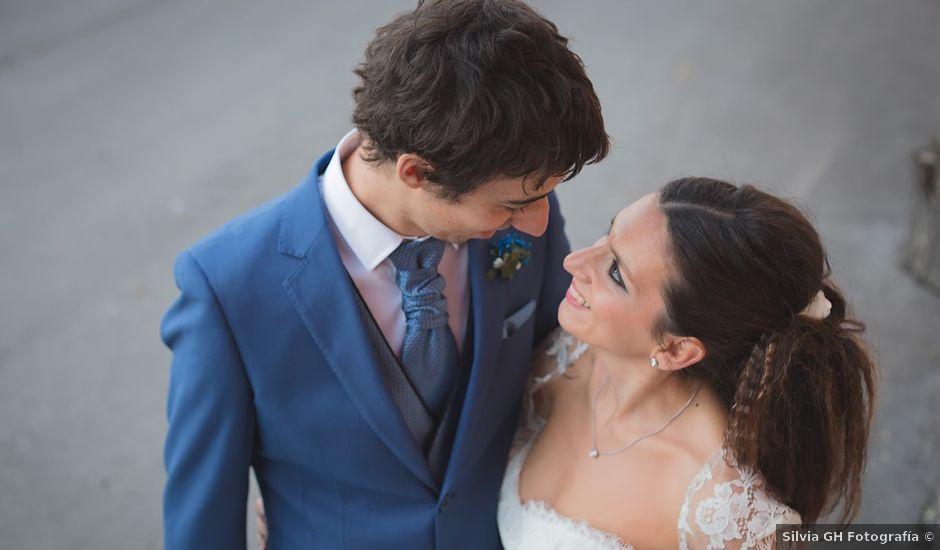 La boda de Borja y Hiedra en Oviedo, Asturias