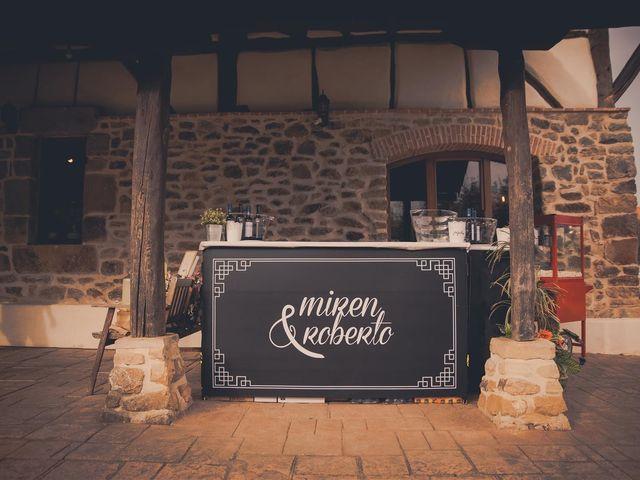 La boda de Rober y Miren en Muxika, Vizcaya 15