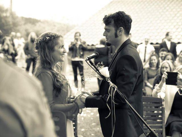 La boda de Rober y Miren en Muxika, Vizcaya 39