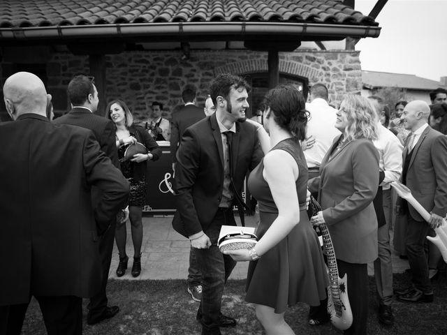 La boda de Rober y Miren en Muxika, Vizcaya 63