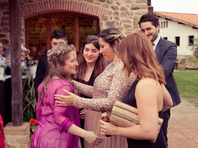 La boda de Rober y Miren en Muxika, Vizcaya 68
