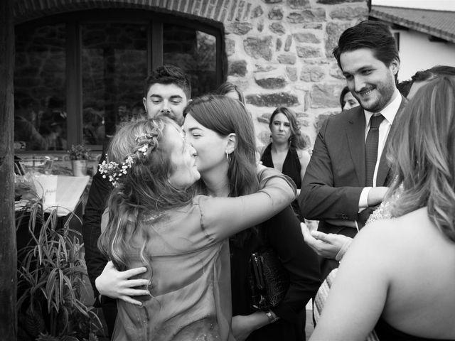 La boda de Rober y Miren en Muxika, Vizcaya 69