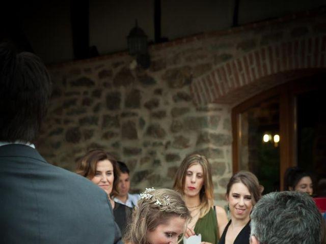 La boda de Rober y Miren en Muxika, Vizcaya 71