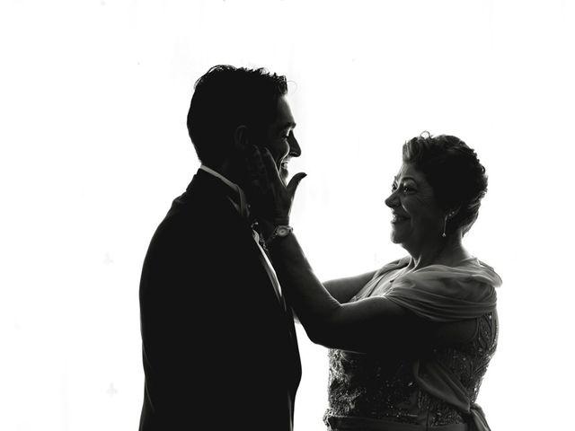 La boda de Roberto y Almudena en Valdastillas, Cáceres 24