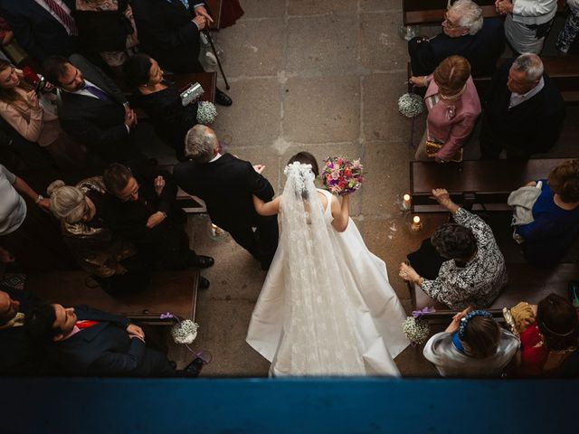 La boda de Roberto y Almudena en Valdastillas, Cáceres 40