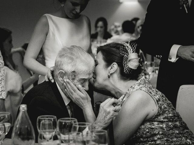 La boda de Roberto y Almudena en Valdastillas, Cáceres 50