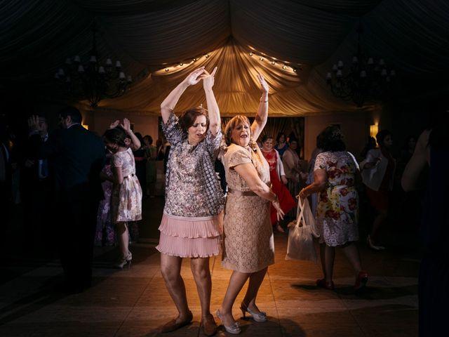 La boda de Roberto y Almudena en Valdastillas, Cáceres 55