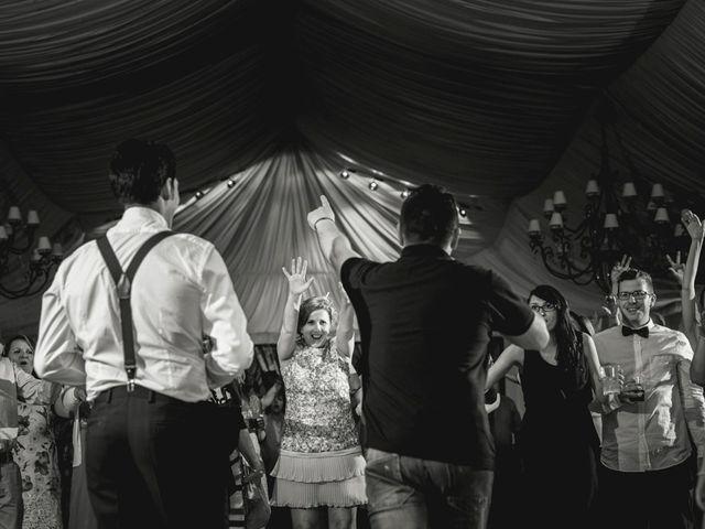 La boda de Roberto y Almudena en Valdastillas, Cáceres 57