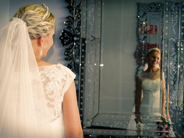 La boda de Antonio y Ana en Sevilla, Sevilla 25