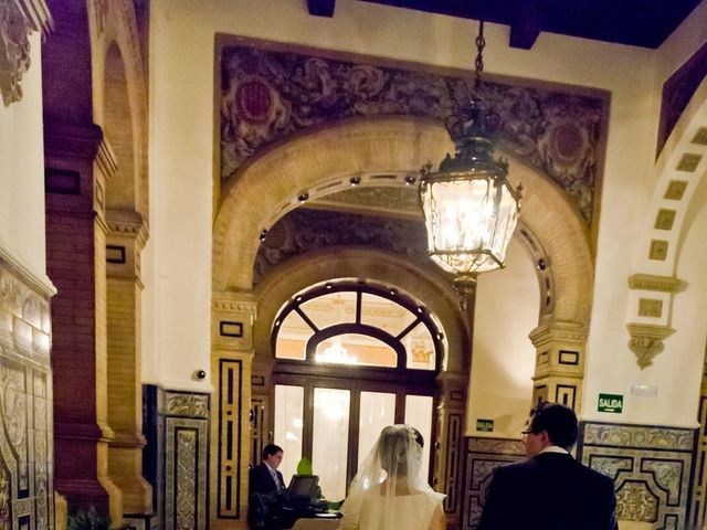 La boda de Mariano y Lola en Sevilla, Sevilla 5