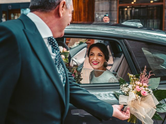 La boda de Diego y Lucia en Zaragoza, Zaragoza 33