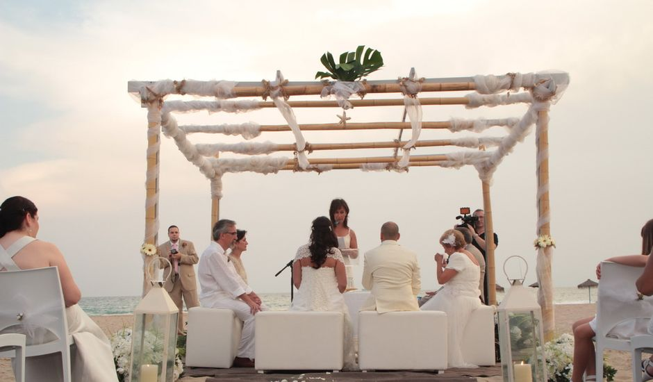 La boda de Kike y Lucía en Valencia, Valencia