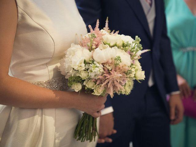 La boda de Diego y Cristina en Santiago De Compostela, A Coruña 13