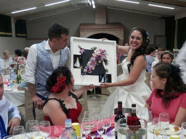 La boda de Victor  y Vanessa  en Segovia, Segovia 5