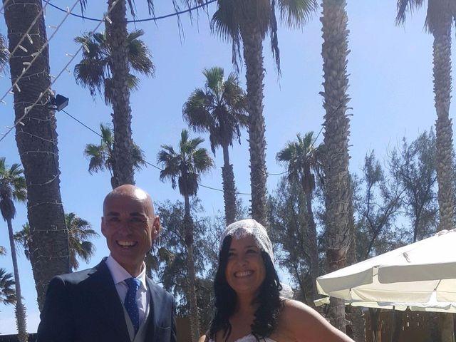 La boda de Jose Carlos y Berta  en Telde, Las Palmas 16