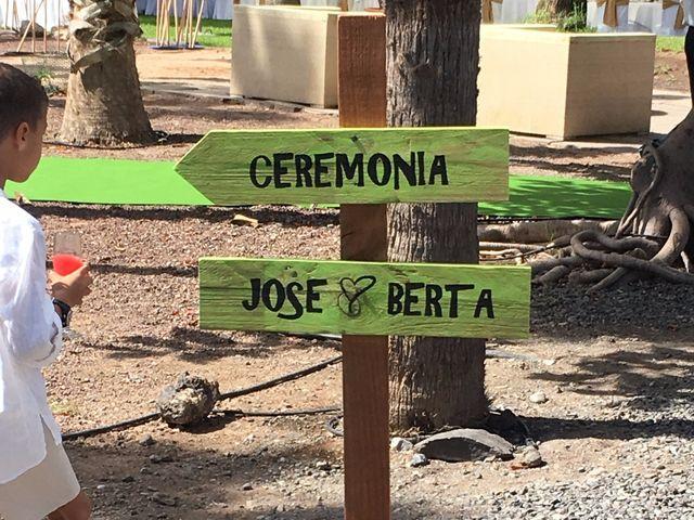 La boda de Jose Carlos y Berta  en Telde, Las Palmas 25
