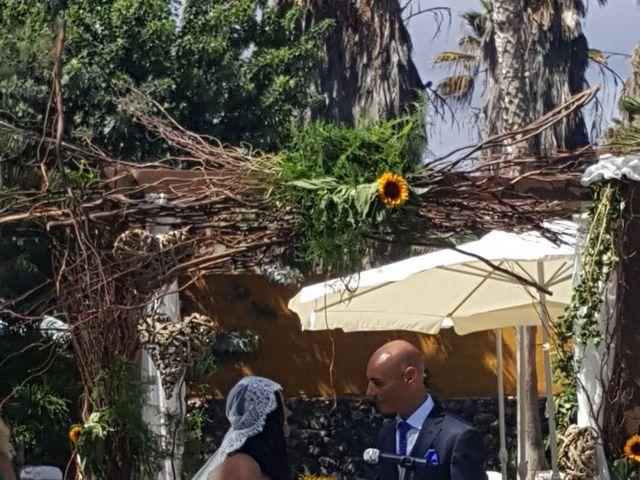 La boda de Jose Carlos y Berta  en Telde, Las Palmas 26