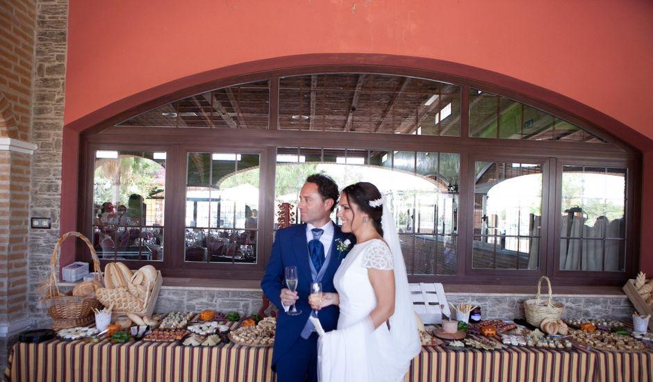 La boda de José Antonio y Mari Carmen en Sevilla, Sevilla