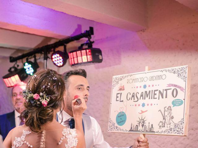 La boda de Luisfer y Maria en El Puerto De Santa Maria, Cádiz 35