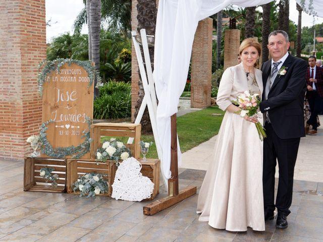 La boda de Jose y Lourdes en Valencia, Valencia 11