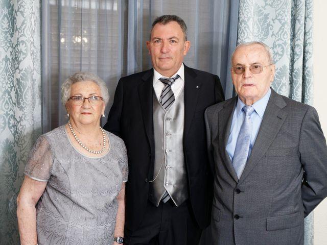 La boda de Jose y Lourdes en Valencia, Valencia 20