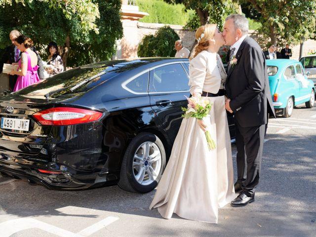 La boda de Jose y Lourdes en Valencia, Valencia 38