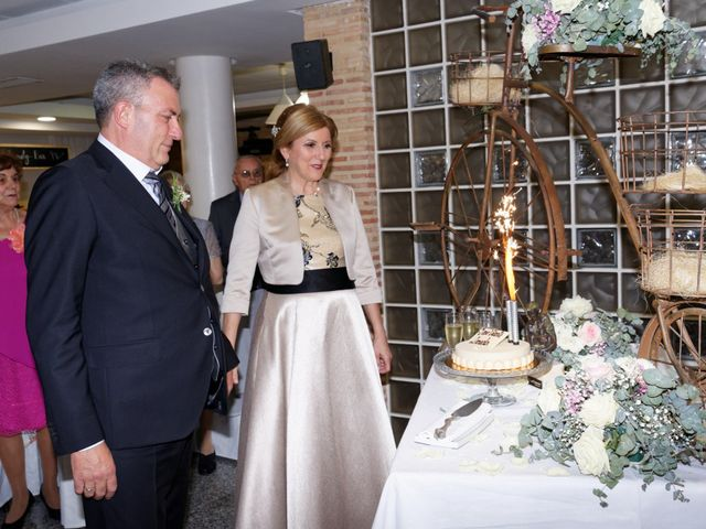 La boda de Jose y Lourdes en Valencia, Valencia 44