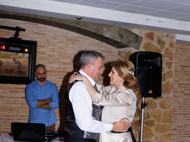 La boda de Jose y Lourdes en Valencia, Valencia 48