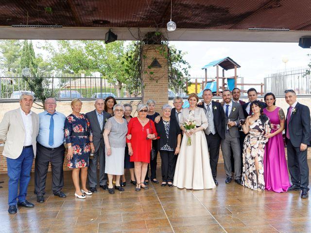 La boda de Jose y Lourdes en Valencia, Valencia 51