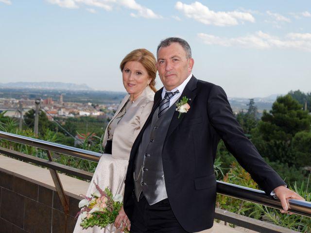La boda de Jose y Lourdes en Valencia, Valencia 52