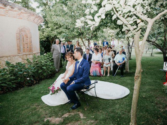 La boda de Javier y Elena en Pesquera De Duero, Valladolid 27