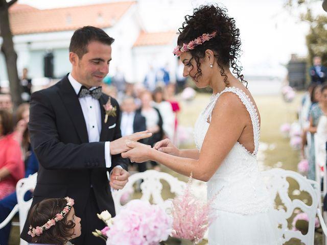La boda de Juanma y Cristina en Oviedo, Asturias 36