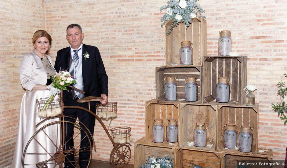 La boda de Jose y Lourdes en Valencia, Valencia
