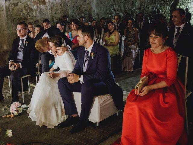 La boda de Josu y Silvia en Torremocha Del Jarama, Madrid 89