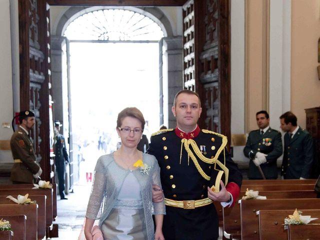 La boda de Alejandro y Raquel en Torrelodones, Madrid 21