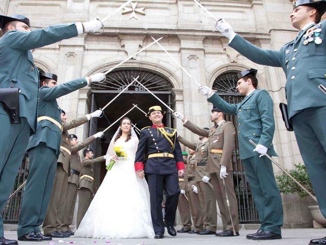 La boda de Alejandro y Raquel en Torrelodones, Madrid 31