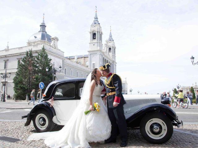 La boda de Alejandro y Raquel en Torrelodones, Madrid 33