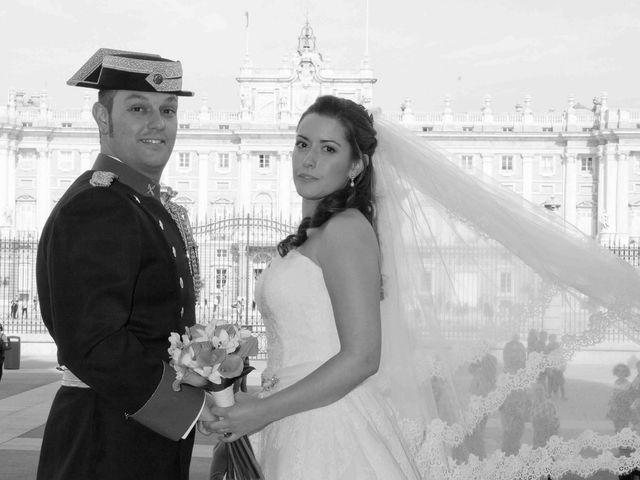 La boda de Alejandro y Raquel en Torrelodones, Madrid 35
