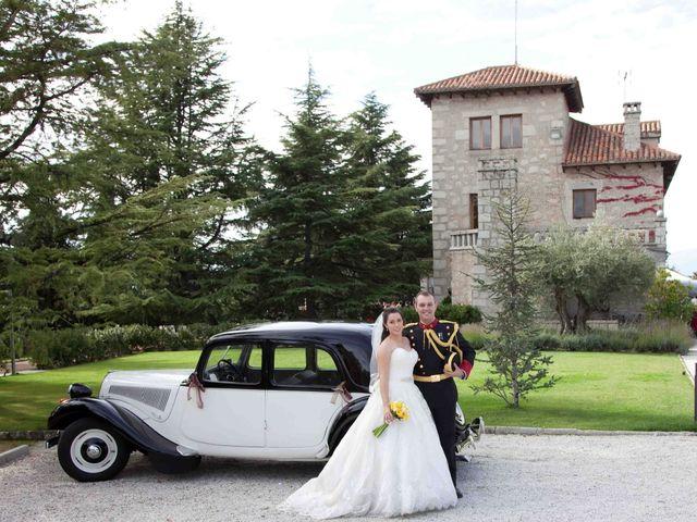 La boda de Alejandro y Raquel en Torrelodones, Madrid 43