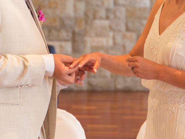 La boda de Alejandro y Johanna en La/villajoyosa Vila Joiosa, Alicante 15