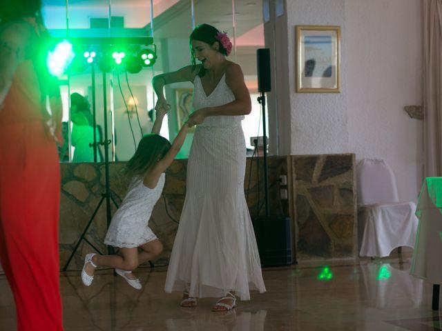 La boda de Alejandro y Johanna en La/villajoyosa Vila Joiosa, Alicante 20