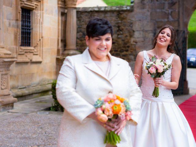 La boda de Oihane y Amaia en Villacarriedo, Cantabria 16