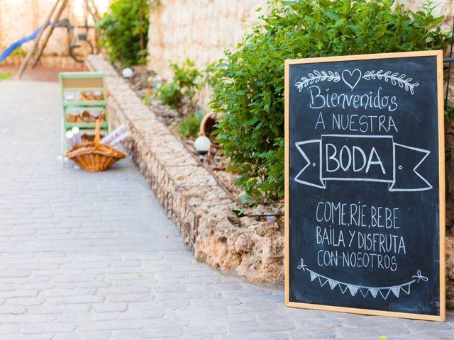 La boda de Eduardo y Miriam en Villar De La Encina, Cuenca 3