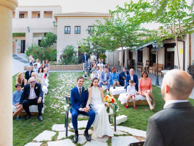 La boda de Eduardo y Miriam en Villar De La Encina, Cuenca 27