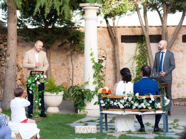 La boda de Eduardo y Miriam en Villar De La Encina, Cuenca 28