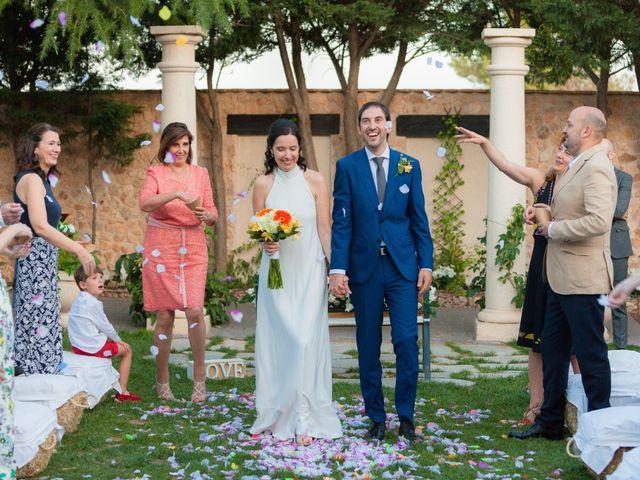 La boda de Eduardo y Miriam en Villar De La Encina, Cuenca 47